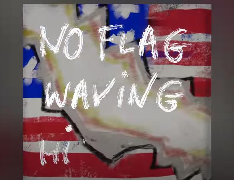 Elvis Costello pubblica  NO FLAG