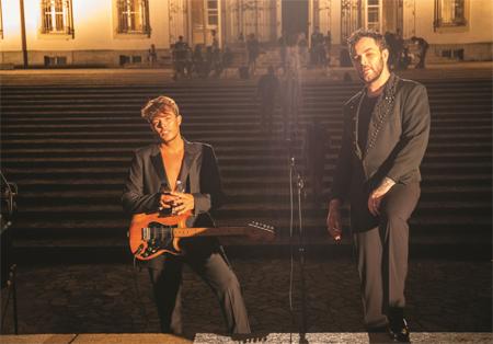 Lunione di moda e musica nel video SOLERO di Lorenzo Fragola e The Kolors